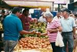 Feria Agricultor Heredia-debate tomateWEB